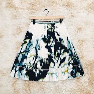 ELIE TAHARI pleated white water color skirt